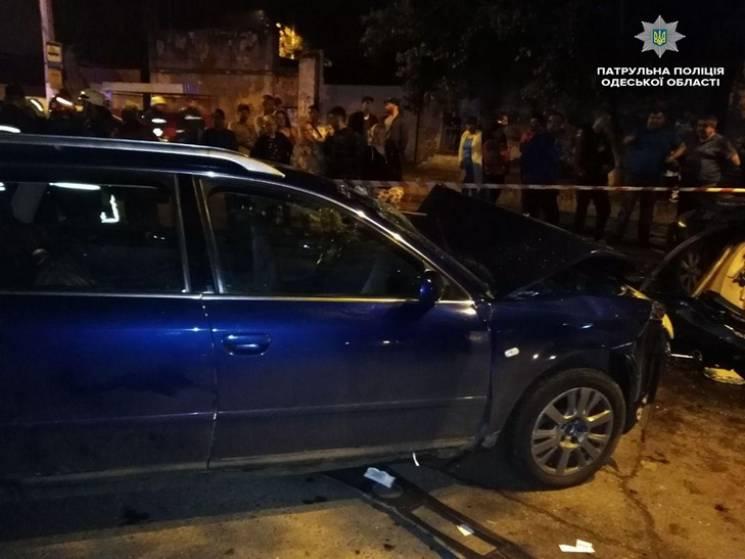 В Одесі вночі сталася жахлива ДТП: Одна людина загинула (ФОТО)