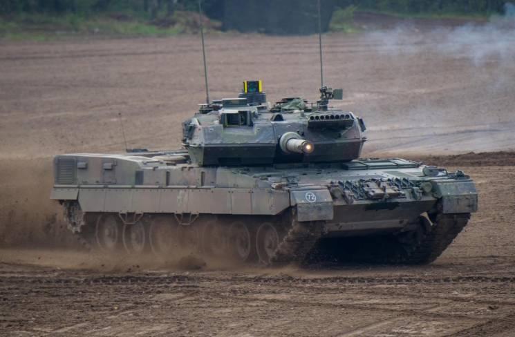 """Німеччина відроджує танки-""""монстри"""", щоб протистояти Росії, - ЗМІ (ФОТО)"""