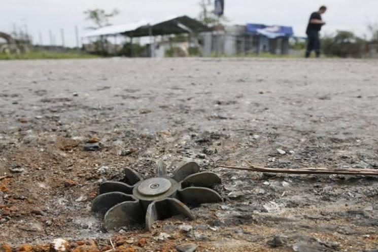 Бойовики дві години гатили по мирній Талаківці: Випустили до 100 мін