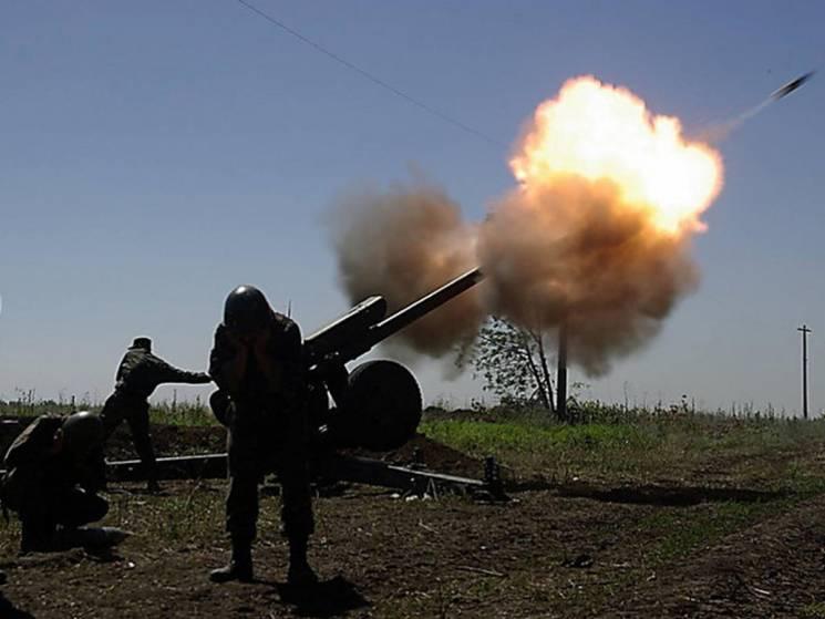 Смертельні бої на Донбасі: Поліг один воїн України, ще троє - поранені