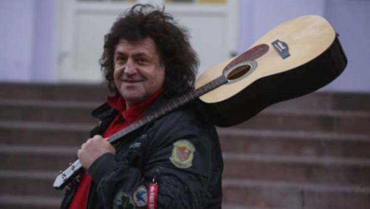 """""""Спочатку треба поговорити з Трампом"""": Відомий український співак зібрався у президенти"""