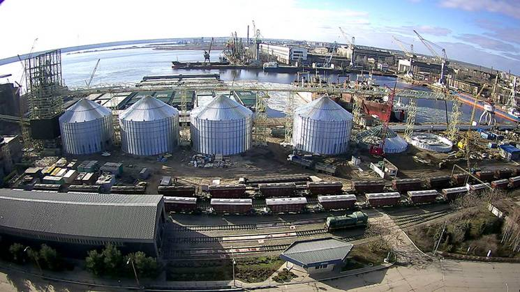 У Миколаєві на воду спустили перший за десятиріччя буксир (ВІДЕО)