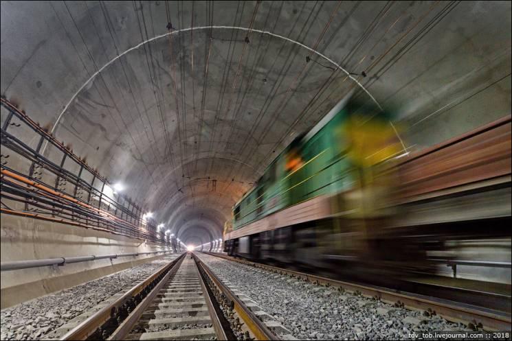 Бескидський тунель: Мовою цифр (ФОТО)