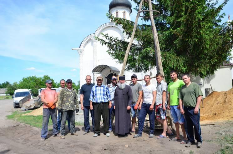 На Кропивниччині почали будувати криницю зі святою водою