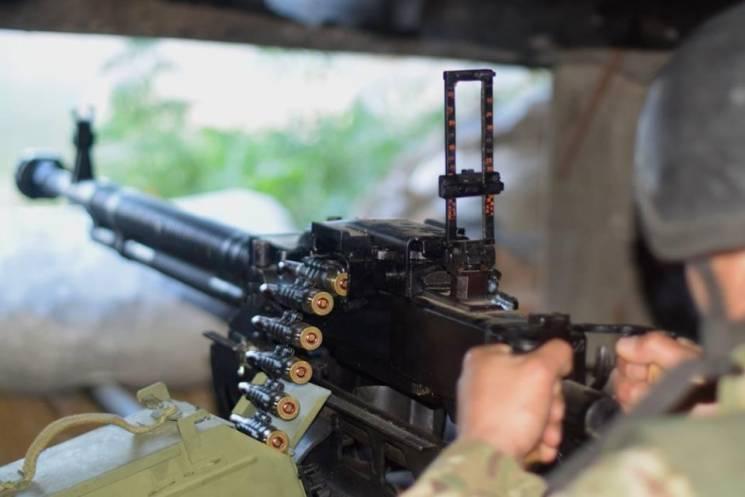 Доба в ООС: Бойовики 33 рази обстріляли позиції ЗСУ, двоє бійців поранені