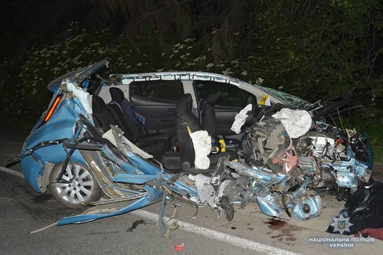 Головний освітянин Хмельницького на службовому авто вчинив криваву ДТП із загиблими (ХРОНІКА)