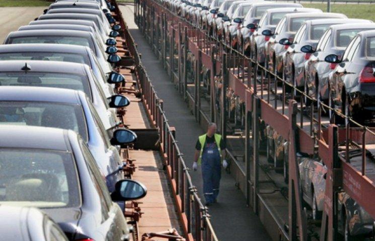 Украина продолжает спонсировать российский автопром
