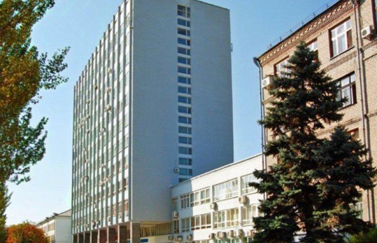 Из оккупированного Донбасса срочно эвакуируют все бюджетные учреждения