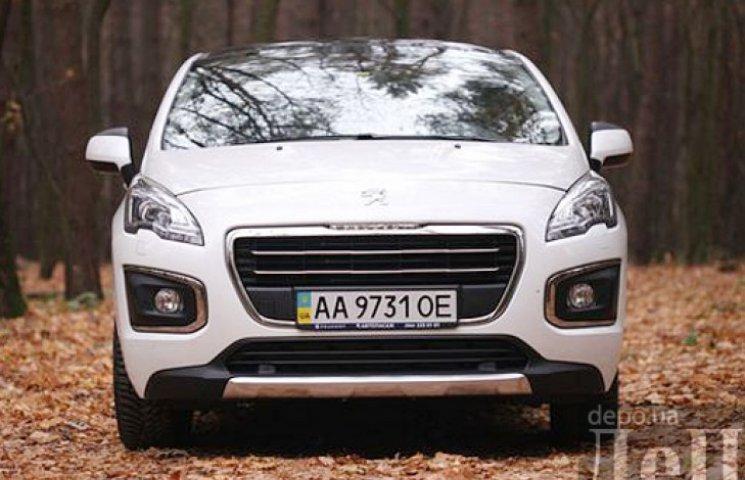 Peugeot 3008: амбітний стиляга