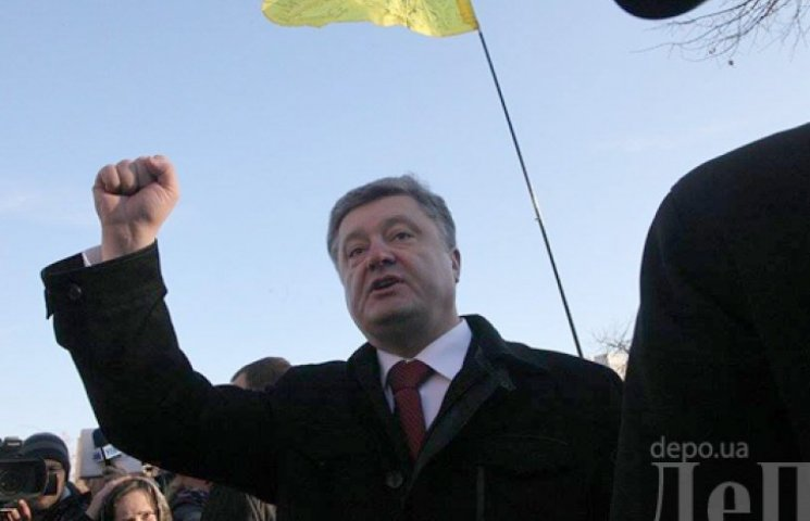 Порошенко присвоїть звання Героя України всім Героям Небесної Сотні