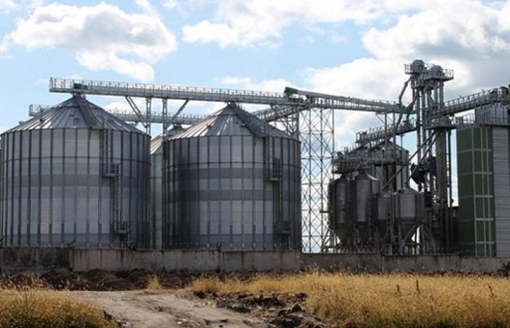 Ukrlandfarming буде експортувати зерно в Європу через комплекс на Львівщині