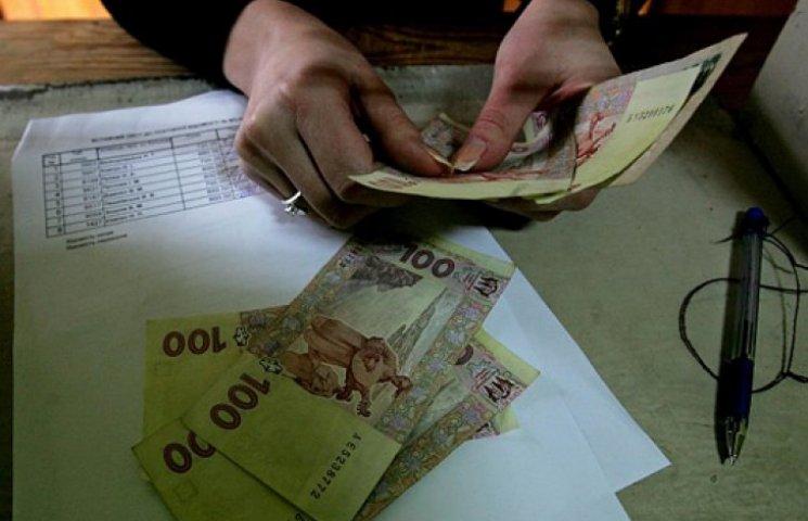 Зарплаты украинцев «усыхают». Работодателям плевать на новый курс доллара