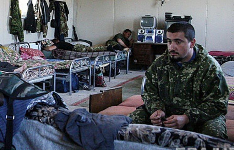 Хозяин недоволен: боевикам на Донбассе урезали пайку