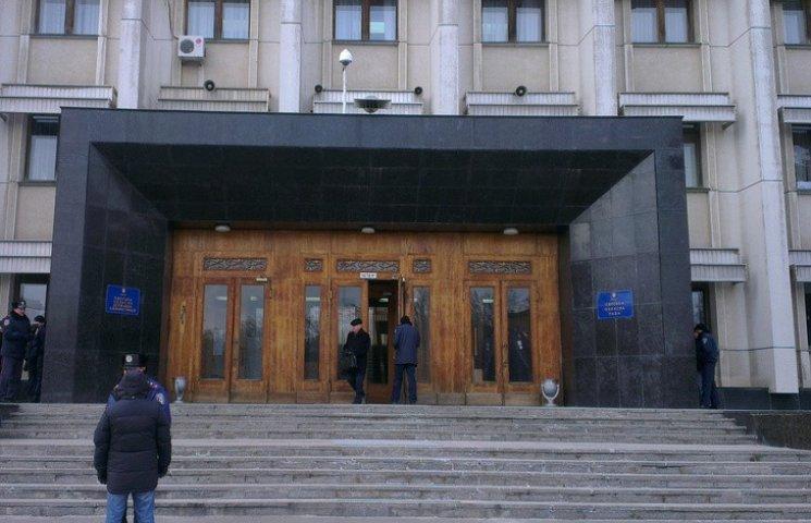 До одеської облради проходять шість політичних сил (СПИСОК)