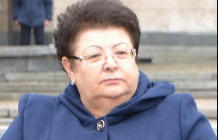 """Рідну тьотю Тимошенко ледве """"протягнули"""" до Дніпропетровської облради"""