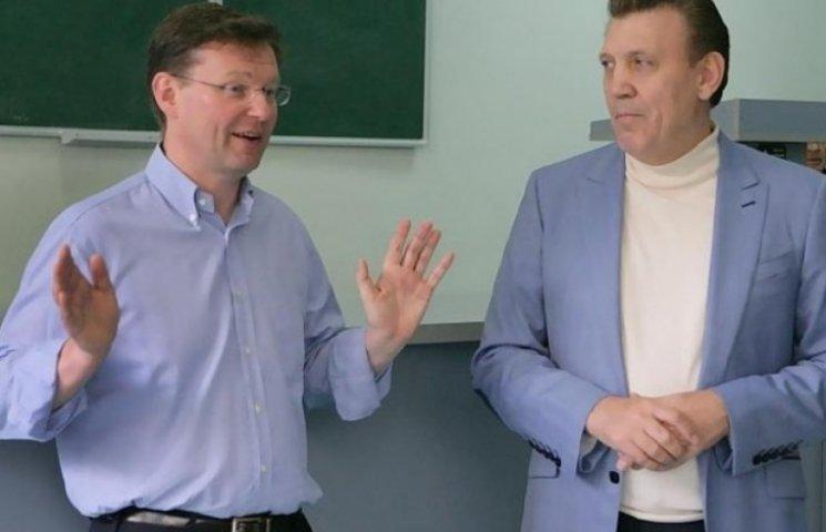 Боровик впевнений, що програв Труханову через фото з Ківаловим