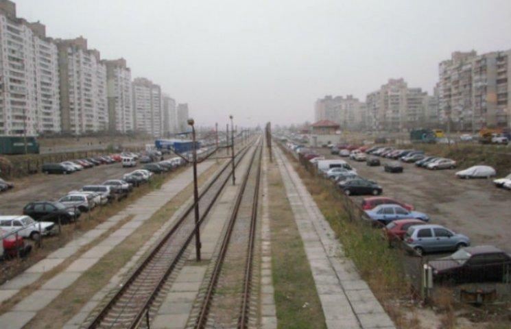 У Києві знесуть більше сотні автостоянок (СПИСОК)