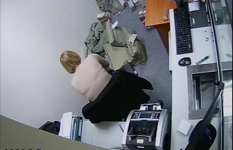 В Одесі працівники банку вкрали 100 мільонів гривень