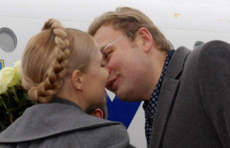 """Безробітні і помічник екс-регіонала: Кого """"Батьківщина"""" і """"Самопоміч"""" відрядили до Київоблради"""