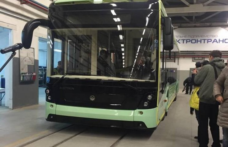 У Львові представили електробус