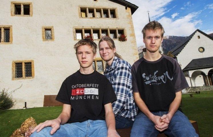 ЗМІ розповіли про трьох братів-беженців з України в Швейцарії (ФОТО)