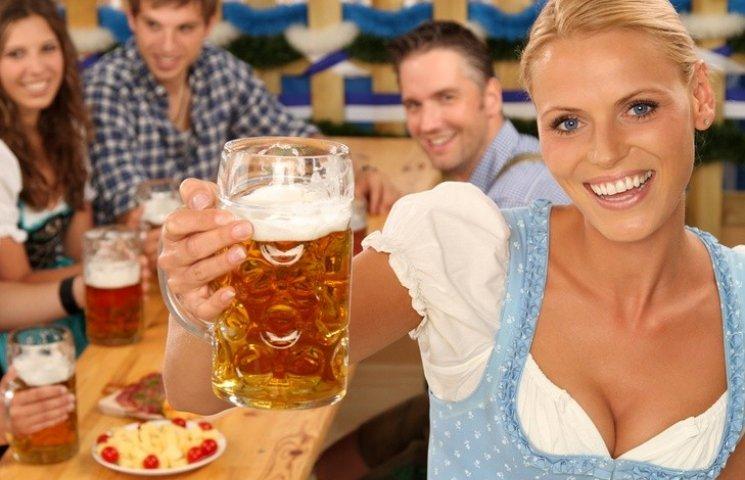 Полтавці кожного дня випивають 54 тисячі літрів пива