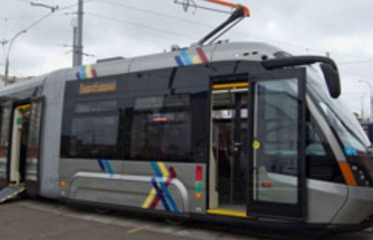 Новенький львівський трамваї їздитиме на столичній Борщагівці