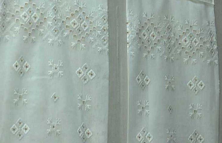 На Полтавщині зберігають копію сорочки Софі Лорен
