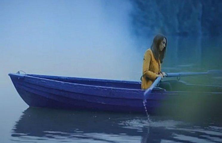 "Джамала у човні заспівала про ""Інших"""