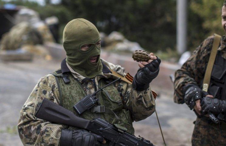 Загострення на Донбасі: до лінії фронту перекинуті тисячі найманців та безліч техніки