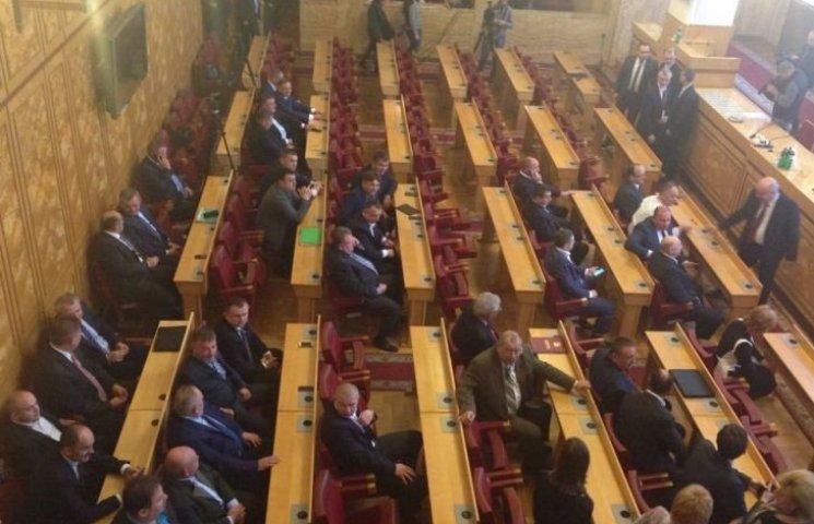Москаль закликав блокувати роботу установчої сесії Закарпатської облради