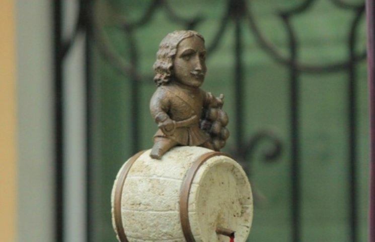 В Ужгороді почали гуляти свято молодого вина