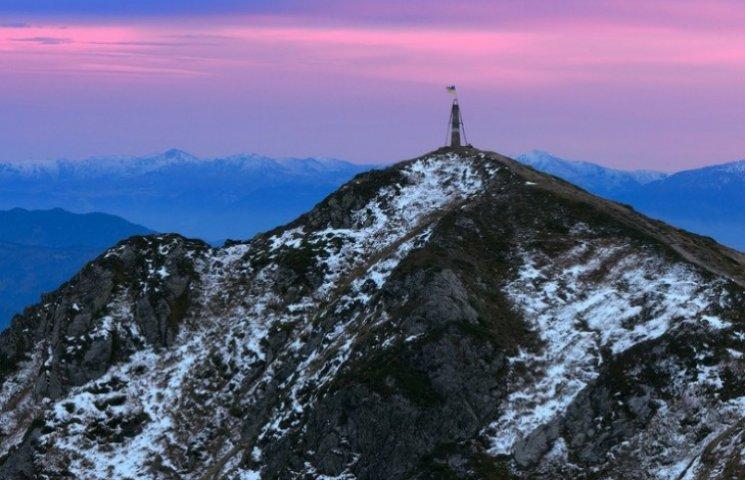 Закарпатські гори в міжсезоння: світлини - поза уявою