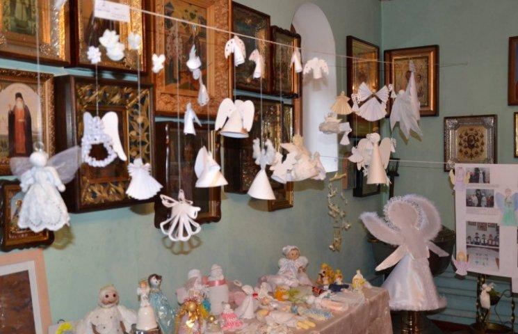На Луганщині відкрили музей янголів зі всієї України (ФОТО)