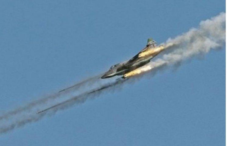 Российский бомбардировщик сбит. Надо готовиться к боям за Марьинку