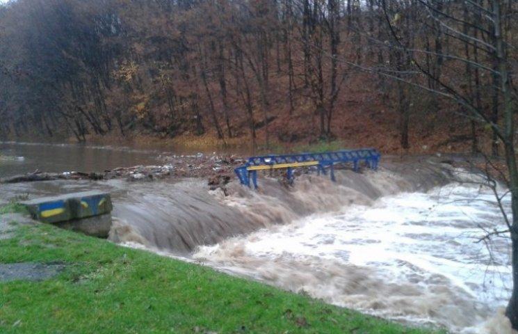 Через паводок на Закарпатті загинула людина