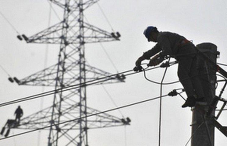 """Плотницький злякався """"диверсій України"""": купуватиме електроенергію у Захарченка"""