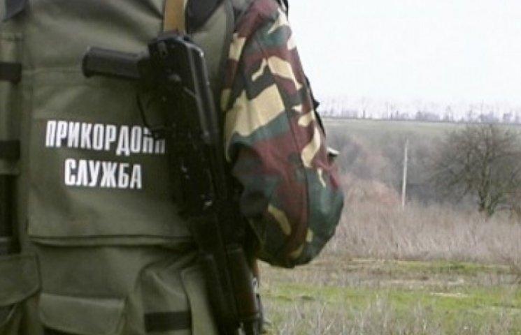 Військова прокуратура перевіряє чопських прикордонників, уже знайшли хабарника