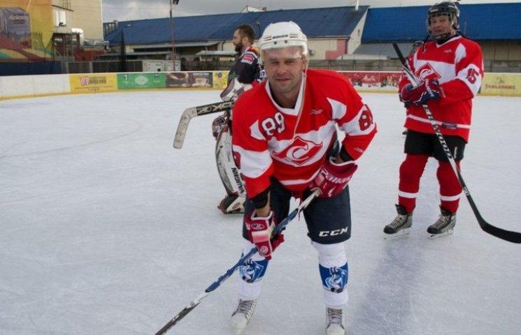 В Ужгороді відбувся перший в цьому сезоні хокейний турнір