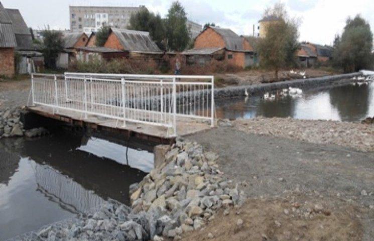У Деражні завершують чистити притоки річки Вовк