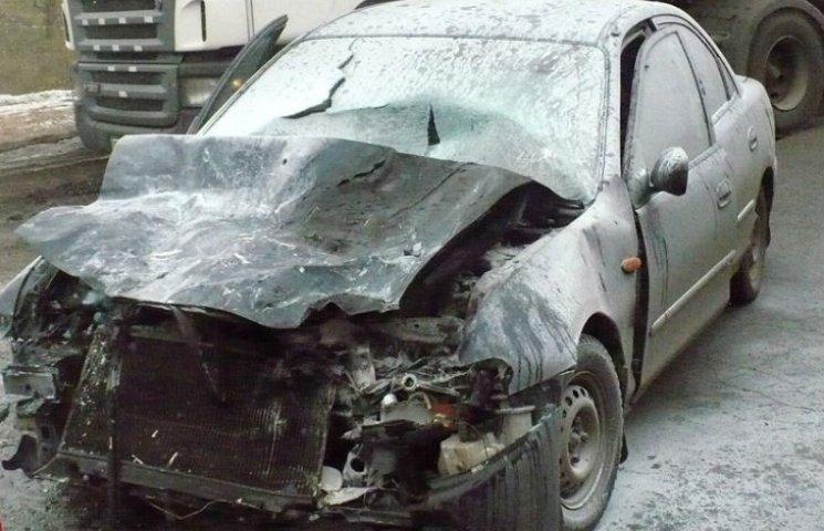 На Полтавщині внаслідок ДТП згорів автомобіль