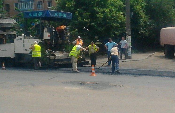 В Полтаві руйнуються відремонтовані дороги
