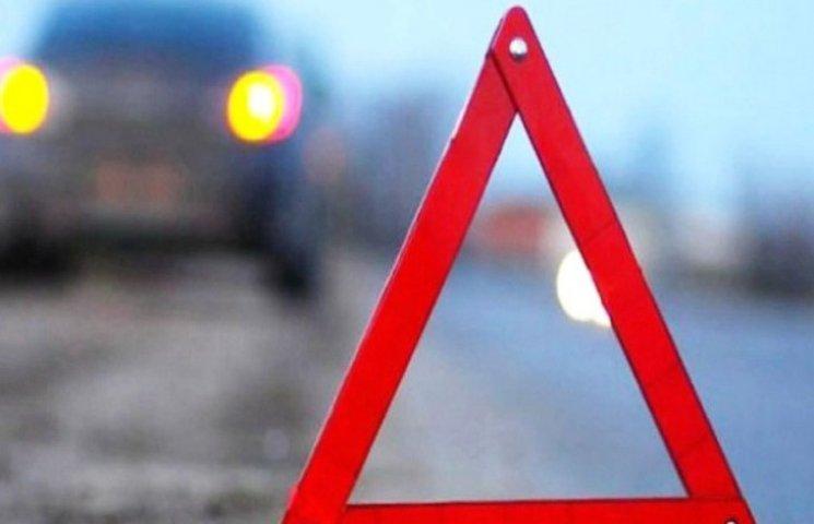 На перехресті вулиць Панаса Мирного та Залізняка автівка збила хмельничанку