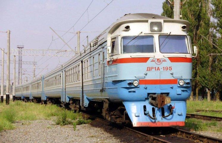 """ТОП-13 цікавих, кумедних і моторошних фактів про """"Укрзалізницю"""""""