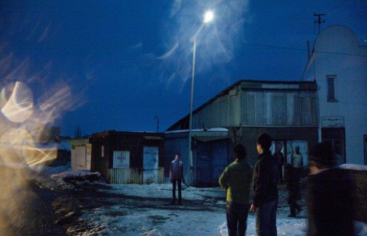 """У Хмельницькому показують """"Крізь ілюзії"""" права людини"""