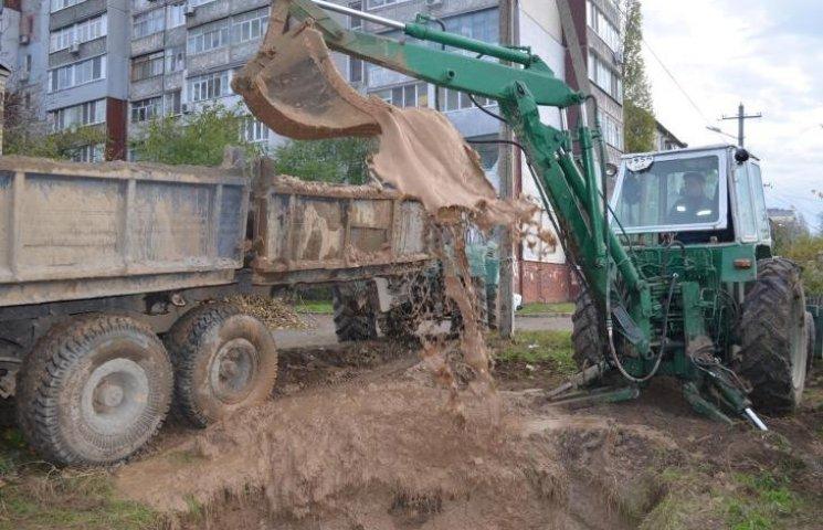 """У """"Миколаївводоканалі"""" пояснили затримку з піключенням води після аварії"""