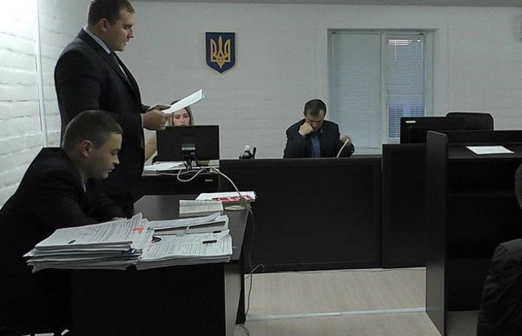 У Миколаєві суд заарештував члена злочинної банди, яка причетна до тяжких кримінальних справ