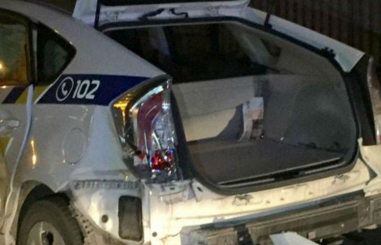 У Києві син нардепа розтрощив поліцейське авто під час п`яних перегонів