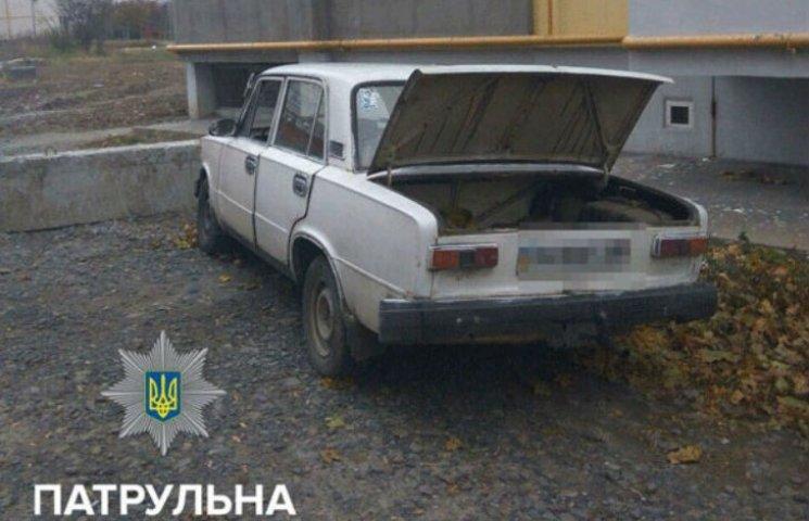 У Полтаві знайшли напередодні викрадену автівку