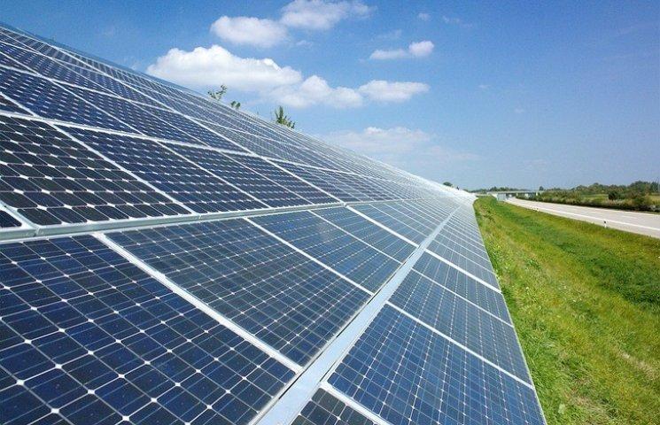 Винничанин хочет, чтобы строительные компании устанавливали на домах солнечные панели